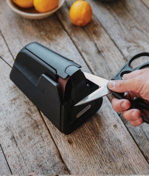E4 Electric Kitchen Knife Sharpener Package Knife Sharpeners 12